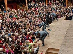 Q Brothers perform Othello at the Globe